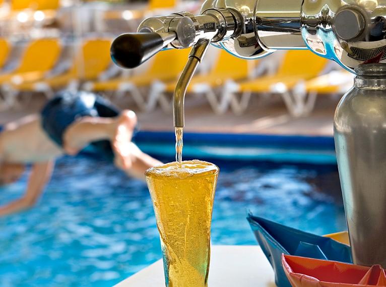 Isrotel Lagoona Pool Bar